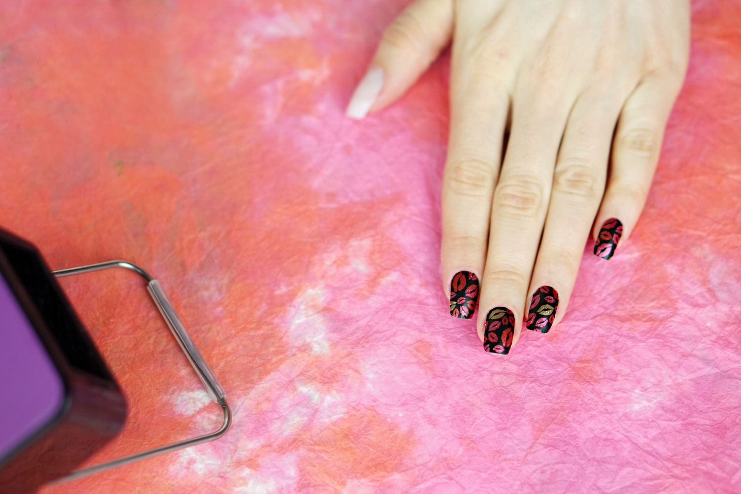 Valentine\'s Day Nails with Jamberry - 11 - Style Sprinter