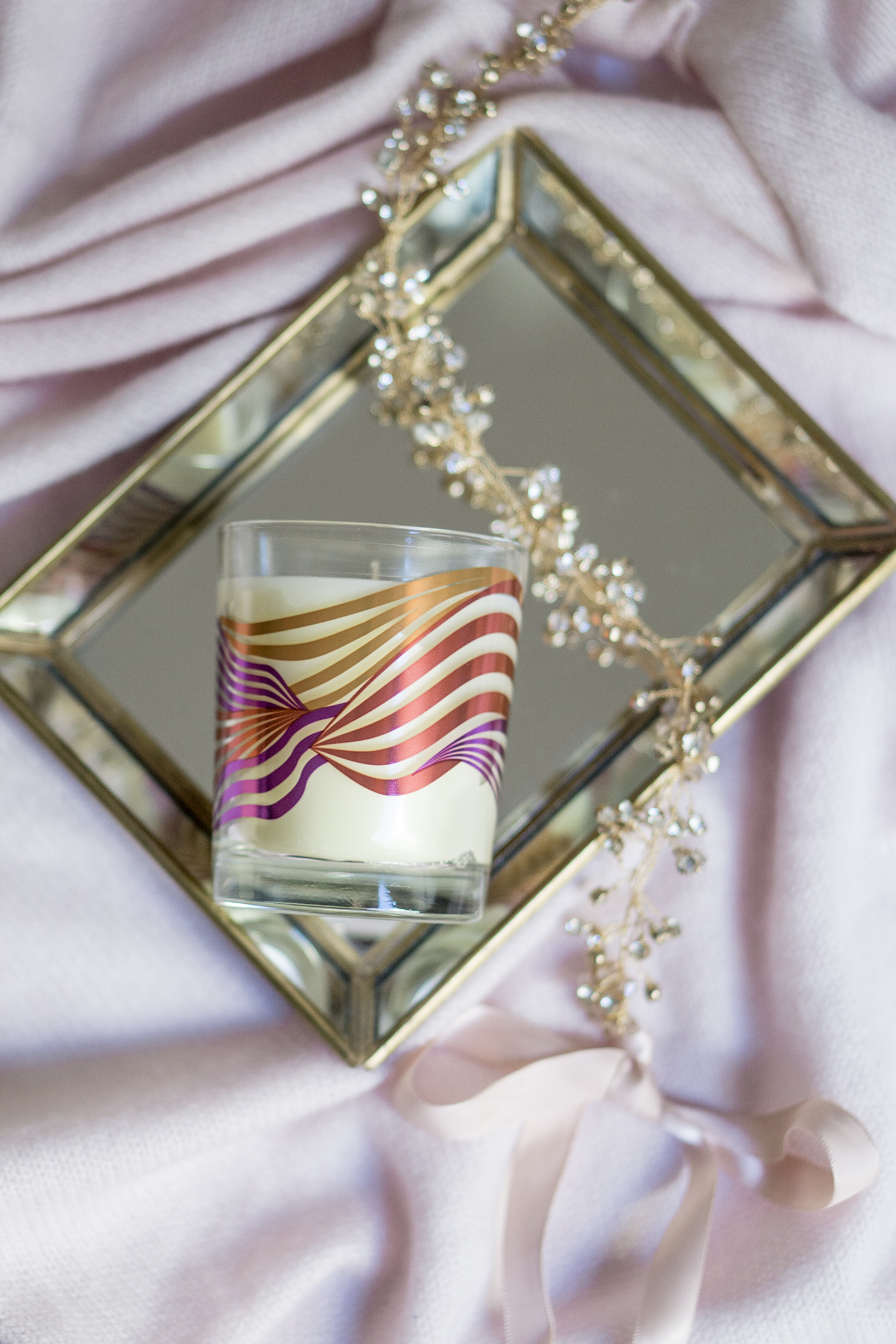 SPACE NK SHIMMERING SPICE CANDLE REVIEW